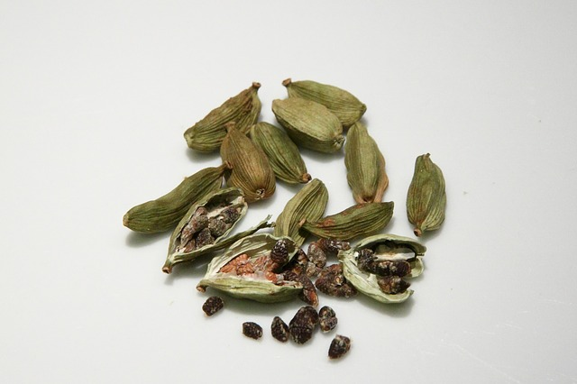 cardamom use and positive effects